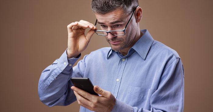 Text-Enlarging Apps for iPhones