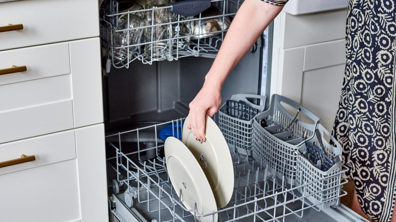 Reasons for investing in a dishwasher